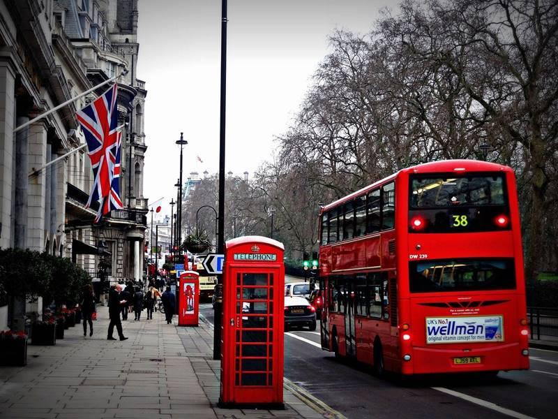 「ロンドンは午前7時」レビュー